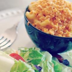 Goldfish cracker Crusted Mac 'n Cheese #Goldfishmix